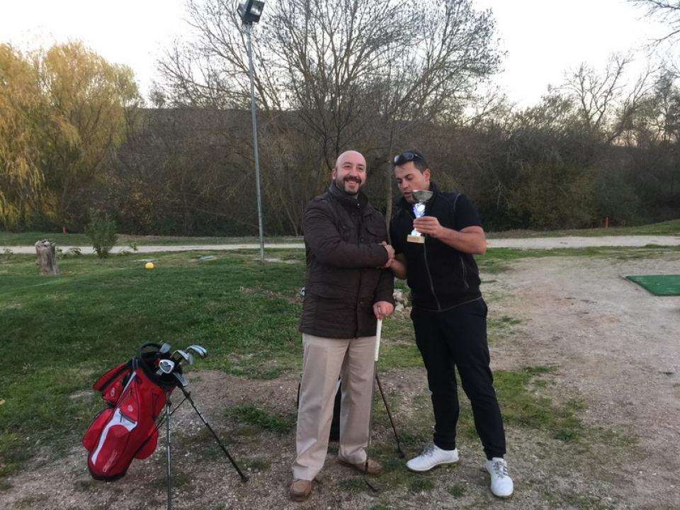 Primer bautismo de golf de ROLL & GOLF